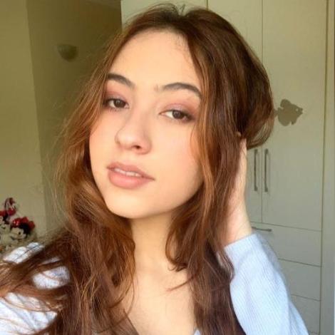 Nicole Rizzutti Lemos